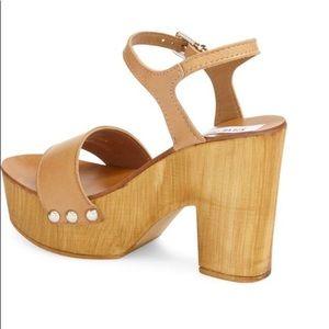 1dad99b5fa0 Steve Madden Shoes - Steve Madden Lavii platform sandal